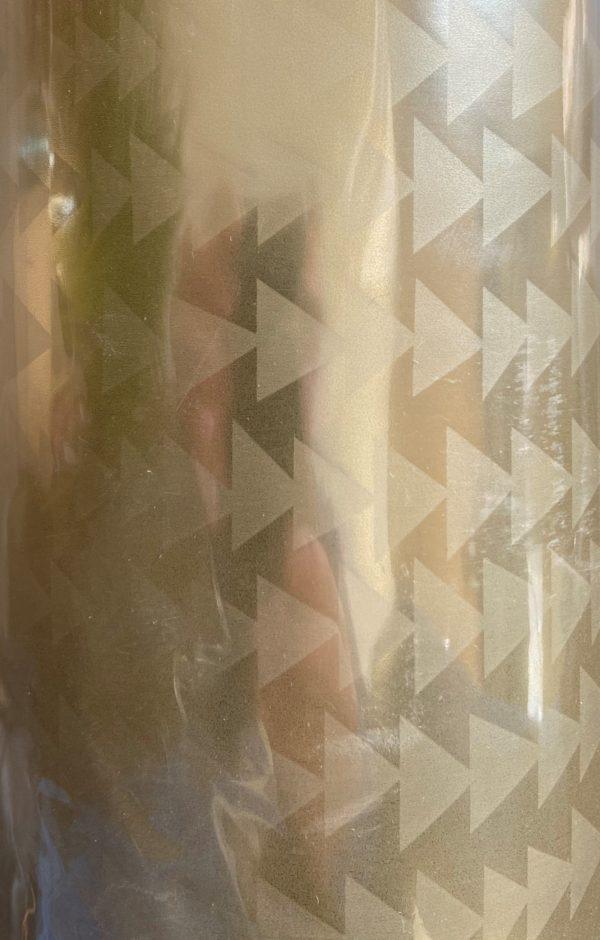 Geschenkpapier Goldene Dreiecke