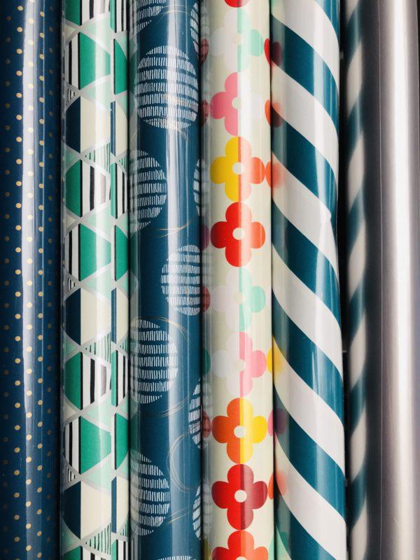 6 Rollen Geschenkpapier Blau Multi