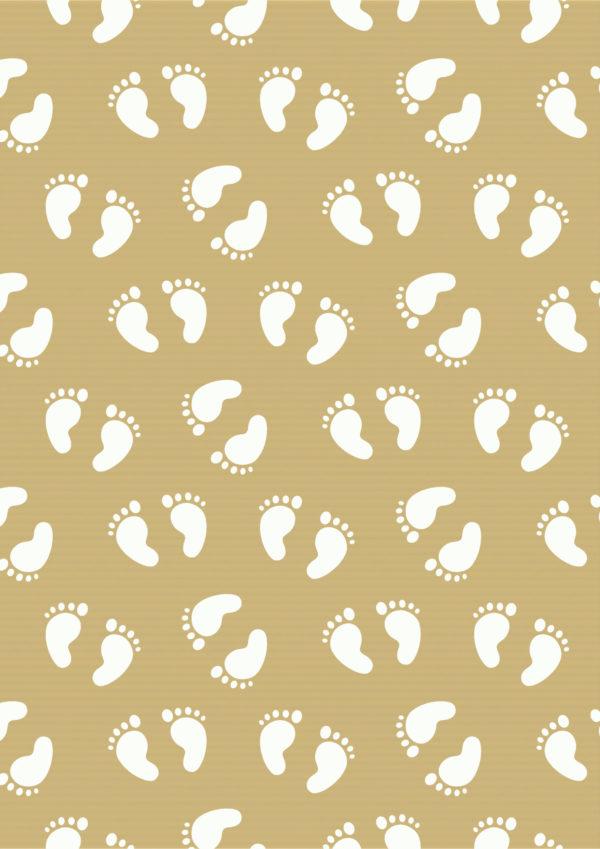 Braunes Kraftpapier Geschenkpapier Babyfüße Weiß