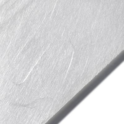 Seidenpapier Weiß auf einer Rolle