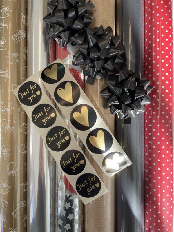 Verpackungsset Weihnachten Traditionell inkl. Schleife und Sterne